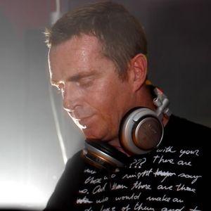 Nick Warren (Hope Recordings) @ MiscBehaving Radio Show, Bassoradio 102.4 FM - Helsinki (07.07.2012)