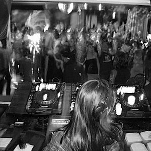 Winter 2011 : Up & Down Live Mix