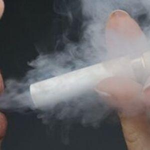 Smēķēšanas izplatība mazinās, tomēr viens smēķetājs gadā vidēji tērē 800 eiro cigaretēm
