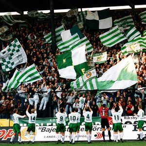 #19 - Wrong numbers and drunk Hammarby fans