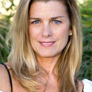 Film & Television Actress Fiona Hutchison Part 1