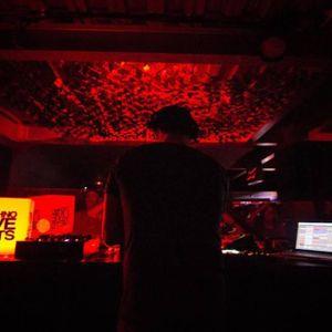 RETRO IN DJ BASS MIX