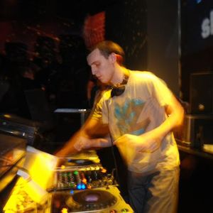 Deni Trajkov @ Sektor 909 (26.12.2010)