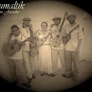 Iztapalabra entrevista a Kumaltik el día 10 09 2011 por Radio Faro 90.1 FM!!