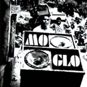 Mo' Glo - March 2011