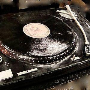 Techno Giant III (track1)