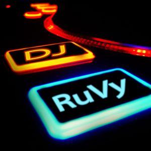 DJ RuVy - 07.02.2012 (Warmup)