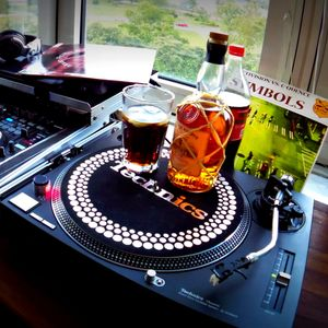 Mixat 2016-06-18 CL (with some Cuba Libre drinking) - style