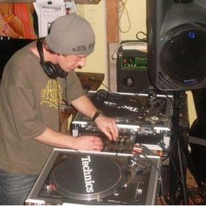KDENS - Xmas Eve Drum n' Bass Mix 2010