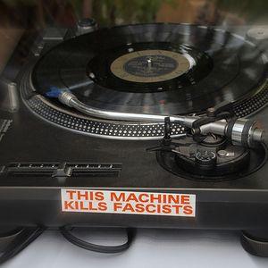 This Machine Kills Fascists -The American Folk Show