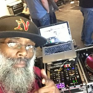 The Sunday MIx UP  Mash Up Mothers  Day  Show With  Icewbox International  May 8, 2016