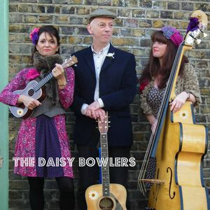 Interview Daisy Bowlers plus live session