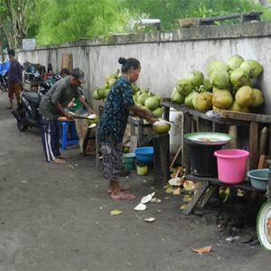 Anarchism in Central Java, Indonesia - an interview with a WSM supporter travelling in the region