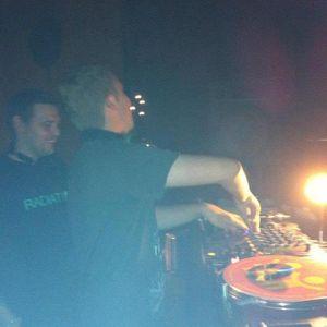 Harvey Whiteley - 'HARVtek' Mix - (Trance Mix!)