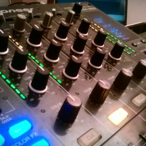 Sesión 1h ···Edelmix DJ&Speaker··· EDM / House / Electro / Dance