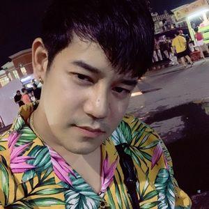 ซอยไม่ยั้ง by พี่กร