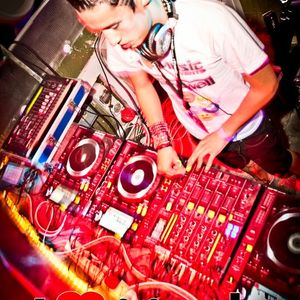 DJ AcidTone ( Dirty Electro - Bangin Mix )