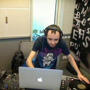 Hemp Shark - live at bassweekend KISS FM UKRAINE (22.01.2012)