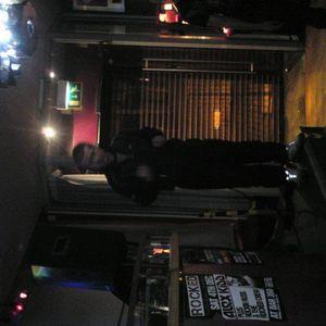 DJ AMMO-T VS DJ DISTORTER + MC BOUNCIN 16-12-2010 PART 4 FINAL SET!!
