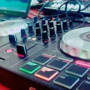 MIX REGGAETON LENTO-SEGUMOS CRECIENDO -DJ LUIGGI FLOW