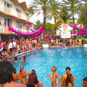 Carlos Rey-Pool Party