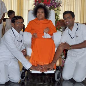 Memories and lessons travelling with Bhagawan to Hadshi