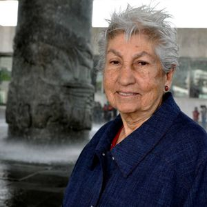 Mujeres ejemplares: Lourdes Suárez