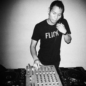 Hali @ PoundHouse.ca DJ Set Radio (11-01-2002) upload by Ronan C. Brazil