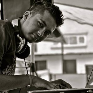 Deejay Pooran Mashup 2013