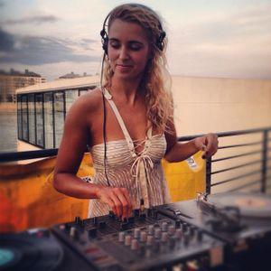 IPC Mix .61 - Zosha - Sunnybass