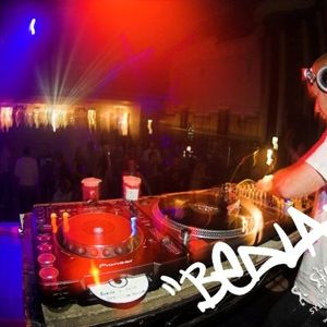 DJ Vyper - Get The Party Started Mix - February 2011