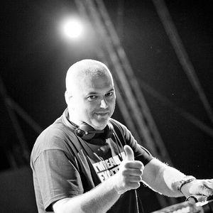 DJ Allen @ Liberty Parade 2011