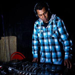 engineer aka black2back...techno is the way