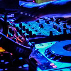 Raffa D'Lucas DJ @ eletro winter 2012 - set mixado agosto 2012
