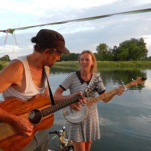 Inneke en Ozzy vertrekken op Zonnevlot-Honeymoon