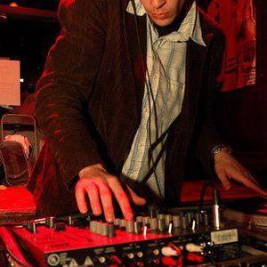 Audio Spectrum 10/15/2012 w/guest DJ Bitty