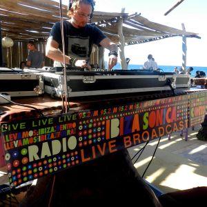 Paul Haz' Live @ Kumharas Ibiza closing Party 09/10/2011 Live Show Sonica