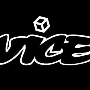 Track-vice Mix