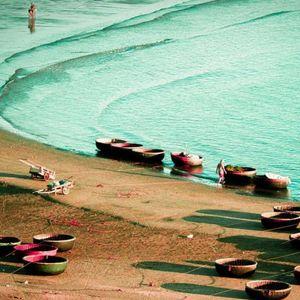 Welcome to Cửa Lò Beach. Peace and love !!!