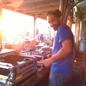 2014-08-02: Live @ MOOD Beach Pt. 2/5