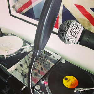 Two Turntables and a Bottle of Wine : Episode 15