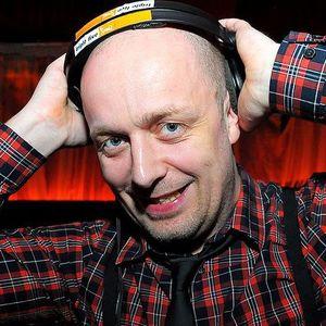 DJ C.R.I.Z. MIX 327