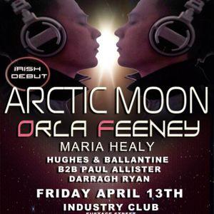 Darragh Ryan Global NRG supporting Orla Feeney & Arctic Moon