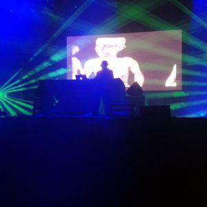 Kode9 mix Territorios Seville 2013 feat. Burial