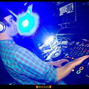 milhouse Capture FM mix Sept 2011
