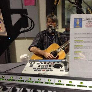 Radio Nowhere interview with Ronstadt Generations  12/1/13 WMSC 90.3 FM