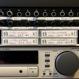 The Unreleased Show 89.9 WKCR 8-10-00 (CM Famalam Meets Halftime)