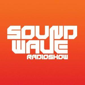 Falkon - Sound Wave 217 [December 30 2013] (Part 1) (Guest Mix by Dekontrol) on KISS FM 2.0