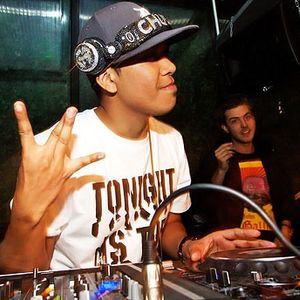 DJ MKP - My contest mix for Club Max, 14/08 w/ CHUCKIE
