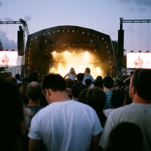 Field Day Radio 2012 - w/ Grimes, Chilly Gonzales & Four Tet